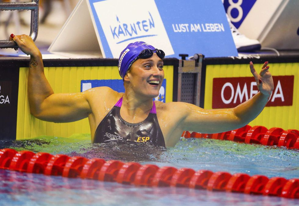 Mireia Belmonte oro en los 800 libres y record del mundo en World Cup Berlin 2013 Video